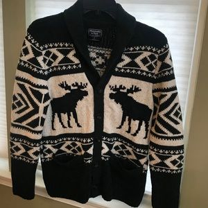 Abercrombie & Fitch Classic holiday cardigan sizeS